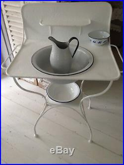 FRENCH Vintage campaign metal field wash stand 3 old bowls and 1 jug/watertight