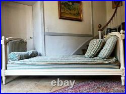 French Day Bed, Beautiful Carved Day Bed