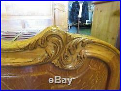 Handsome vintage French king size carved oak bed with good slatted base. Louis xv