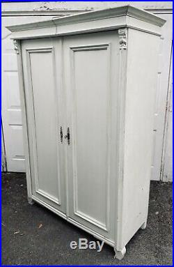 LOVELY ANTIQUE 19th CENTURY FRENCH PINE DOUBLE ARMOIRE WARDROBE, C1900