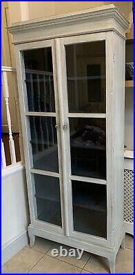 Loaf Flummery Cupboard / Cabinet / Armoire. French Vintage Antique Style. White