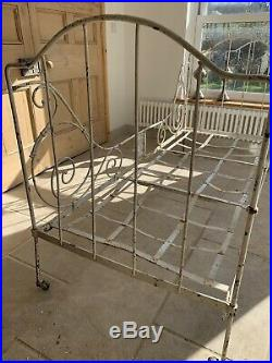 Original French Folding Day Bed Sofa Antique Vintage Iron Chic Cafe Florist Prop