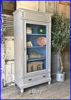 Original vintage French linen press / armoire