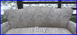 Vintage French Louis XV Style Carved Oak and Fabric Salon Settee/Sofa (CON188)