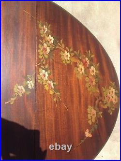 Vintage Oval French Country Cottage Mahogany Drop leaf Gate Leg Table